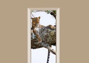 Deursticker luipaard in de boom