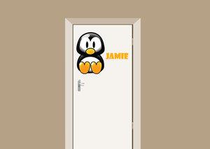 Deursticker babykamer pinguin met naam 70x56cm