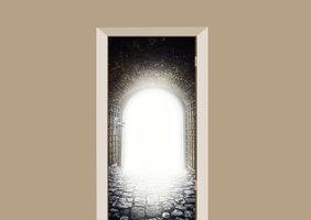Deursticker licht aan het einde van de tunnel