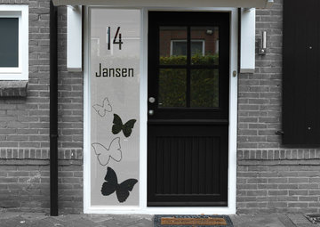 Voordeur sticker met namen en huisnummer 40.1