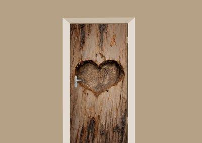 houten hart gekerfd