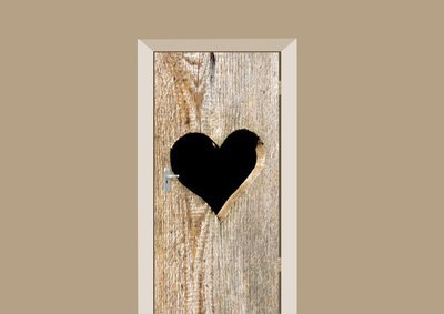 Deursticker houten deur met hart bruin