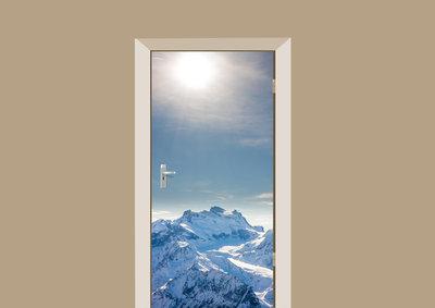 deursticker natuur alpen