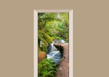 deursticker natuur kleine waterval in de jungle